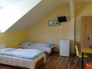 Inter Hostel Liberec - třílůžkový pokoj