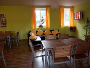 Inter Hostel Liberec - společenská místnost