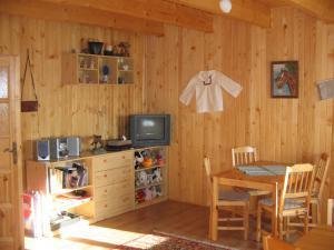 Drevenica Medvedica - Spoločenská miestnosť 2