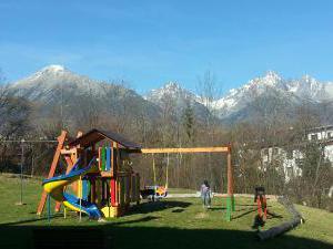 Villa GOLD - detske ihrisko na jesen :-)