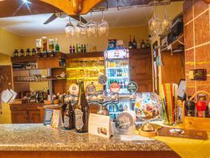 Restaurace a penzion SAMOROST - Restaurace-penzion Samorost, restaurace, Jarošov nad Nežárkou 44