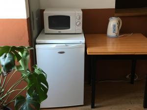 Restaurace a penzion SAMOROST - Restaurace-penzion Samorost, společné vybavení v hale penzionu, Jarošov nad Nežárkou 44