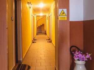 Restaurace a penzion SAMOROST - Restaurace-penzion Samorost, chodba k pokojům, Jarošov nad Nežárkou 44