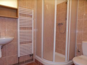 Chata Meduňka - Koupelna ve 4lůžkovém pokoji