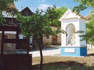 Penzion Surmanovi - Bořetice- kaplička pod Kraví Horou