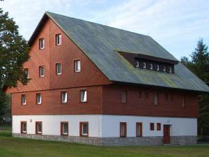 Areál Skiland - budova penzionu