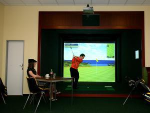 Hotel FIT - Indoor golf