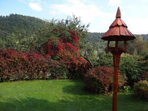 Chalupa Rajnochovice - pohled do zahrady