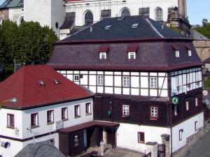 Hotel RON - Hotel RON & Kostel sv. Mikuláše