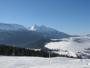 GORALSKÝ DVOR - Belianske Tatry z lyžiarskeho svahu (zima 2012/201