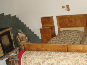 GORALSKÝ DVOR - Interiér - I.NP, spálňa (1)
