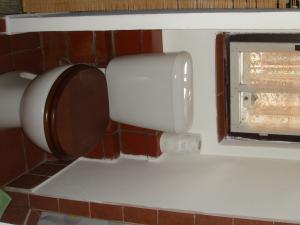 GORALSKÝ DVOR - Interiér - I.NP, kúpeľňa s WC (2)
