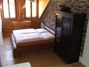 Chalupa Pod Rozhlednou - ložnice v chalupě pod rozhlednou