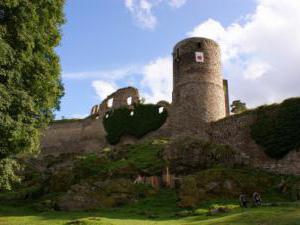 Chalupa Pod Rozhlednou - hrad Helfenburk