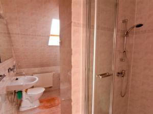Chata č. 8  Vysoké Tatry - Štôla - kúpeľňa