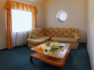 HOTEL CENTRAL -