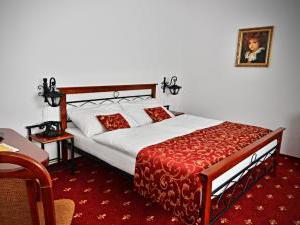 Hotel Svätojánsky kaštieľ*** - dvojposteľová izba