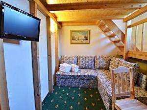 Hotel Svätojánsky kaštieľ*** - štvorposteľová izba