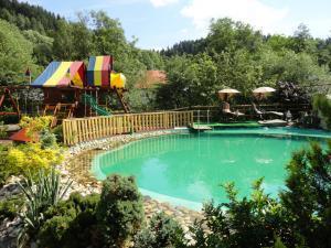 Rodinny penzion Alpinka - Bio jazierko+detske ihrisko