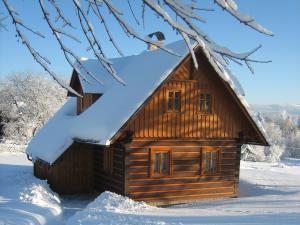 Roubenka Jílové v podkrkonoší - Roubenka  v zimě