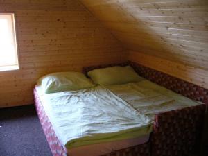 Chalupa pod strání - dvoulůžkový pokoj v podkroví