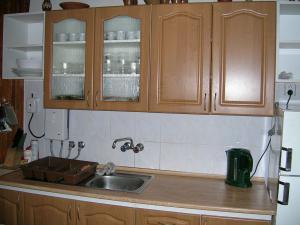 Pribisko 651 - kuchyna - dres