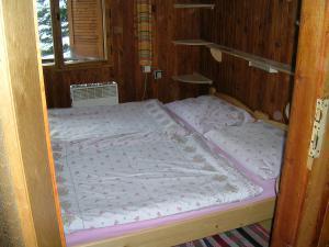 Pribisko 651 - izba - 2 postele