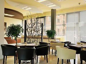 MELROSE Apartments - Lobby