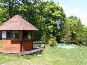 Chata Skalka - Občerstvení u jezera