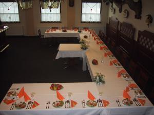 Hotel Jizera - svatební tabule
