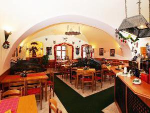 Penzion u Chodského hradu **** - Restaurace Chodský hrad 1
