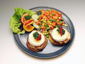 Penzion u Chodského hradu **** - Restaurace Chodský hrad - jídlo 2