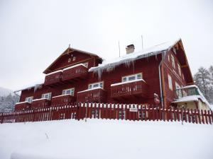 Hotel Večernice ***  - Hotel Večernice v Krkonoších v zimně