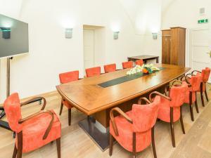 Zámek Křtiny - Zámek Křtiny - zasedací místnost pro 10 osob
