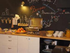 Joy Spot Residence - snídaně Joy Spot