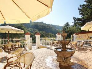 Hotel Villa Milada - Terasa s příjemným posezením