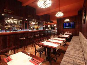 Hotel Villa Milada - Klidná restaurace s milým a ochotným personálem