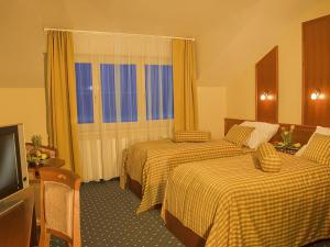 Primavera Hotel & Congress centre**** - Single/Double/Twin Superior First Class