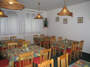 Horská chata u Jagušky - Horská chata u Jagušky - společenská místnost