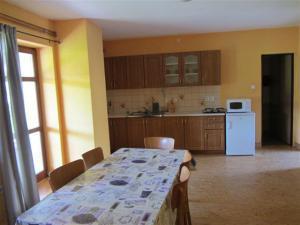 Ubytování u Kubínů na Třeboňsku - Ubytování Kubínovi_Velký_nový_apartmán_vybavení