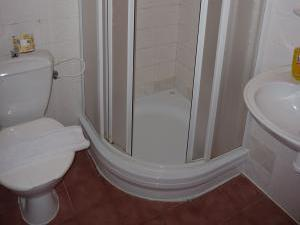 Pension Borůvka - Koupelna v pokoji