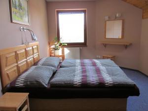 Apartmány  POD LESEM- podkrovní apartmán C - Apartmány POD LESEM- apart. C, ložnice 3
