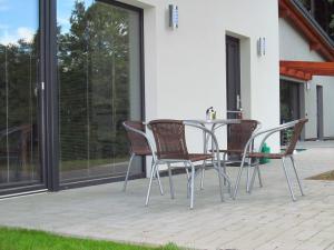 Apartmány POD LESEM- bezbariérový apartmán A - Apartmány POD LESEM- apart. A, přední terasa