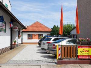 Penzion Minor ubytování České Budějovice - Parkoviště