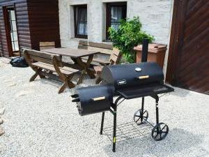Chalupa Na peci - Gril a venkovní posezení