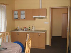 Pavilon v Ráji - Apartmán kuchyňka