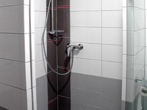 PENZION ZUBR - PENZION ZUBR -sprchový kout