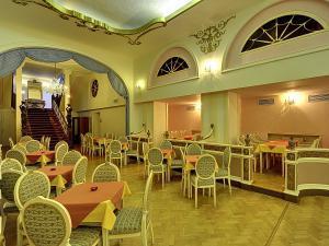 Radium Palace Spa Hotel - Taneční bar